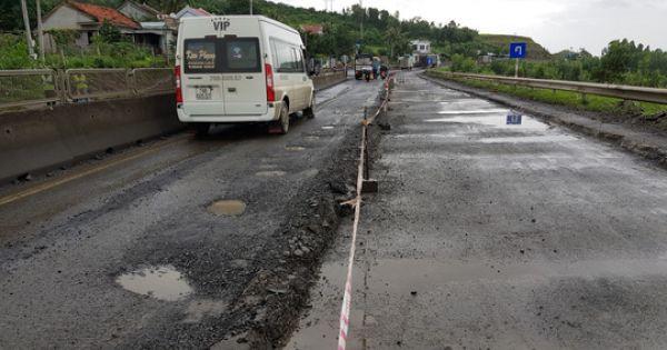 Phát sinh thêm 3.500m2 ổ gà trên quốc lộ 1 A đoạn qua Phú Yên