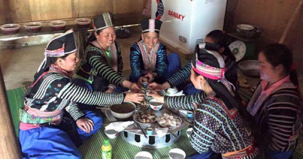 """Bộ Văn hóa: """"Không nên làm mất phong tục Tết của người H'Mông"""""""