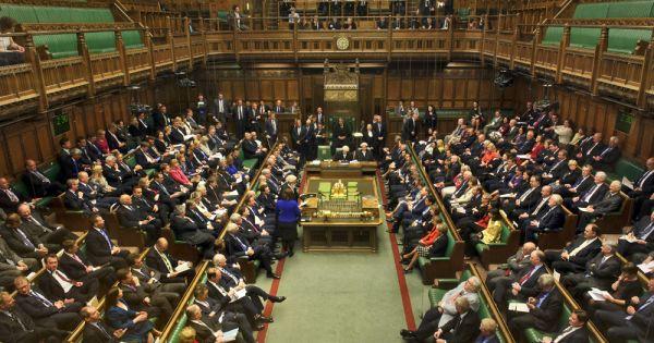 Hạ viện Anh thông qua điều khoản tài chính gây khó cho Brexit