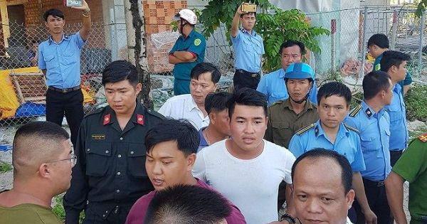 """Cuộc """"cưỡng chế"""" kỳ lạ tại Phú Quốc: Ông trưởng phòng mặc quần đùi và say rượu?"""