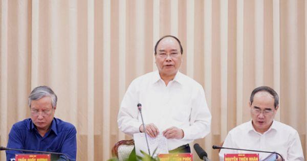 """Thủ tướng: """"TP HCM phải so sánh với Hong Kong, Singapore để phát triển"""""""