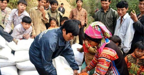 Hơn nửa triệu người nghèo được Chính phủ hỗ trợ gạo để vui xuân đón Tết