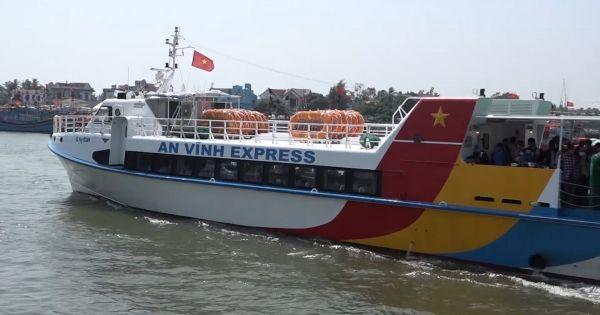 Hàng ngàn du khách bắt đầu ra đảo Lý Sơn du xuân sau Tết