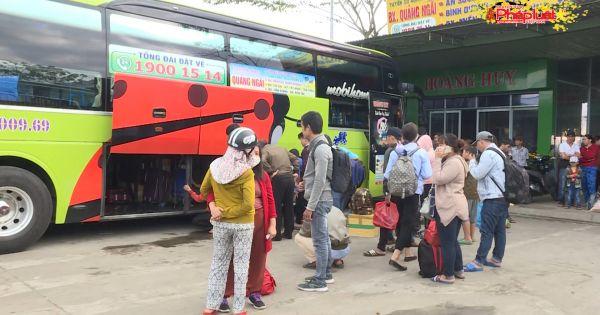 Quảng Ngãi: Các hãng xe khách nâng giá vé xe Tết bất hợp lý