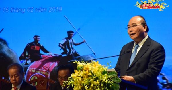 """Nhắc lại vụ """"chặt chém"""" ở Nha Trang, Thủ tướng nói: """"Ai cho phép làm điều đó"""""""