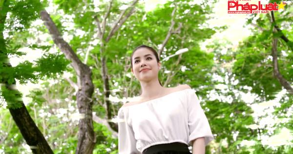 Hoa hậu Phạm Hương lên tiếng sau tin đồn sang Mỹ sinh con