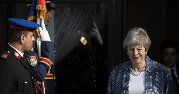 Thủ tướng Anh lùi thời gian bỏ phiếu Brexit tại Hạ viện