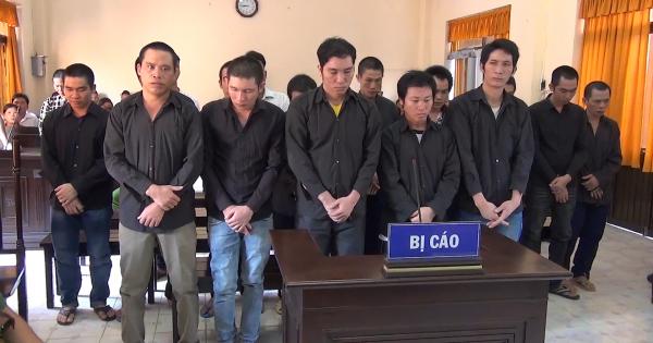 Kiên Giang - Băng trộm cắp ngư cụ trên vùng biển Tây Nam gần lãnh gần 48 năm tù