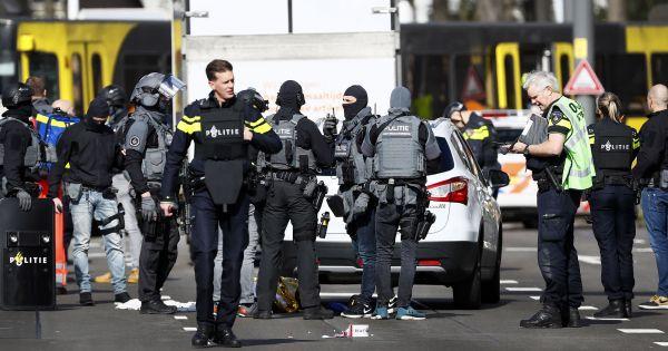 Bắt giữ nghi phạm nổ súng tại ga tàu điện ở Hà Lan