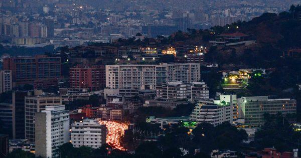 Venezuela lại mất điện trên diện rộng không rõ nguyên nhân