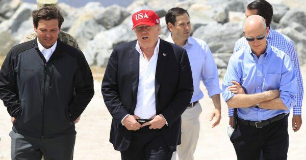 Tổng thống Mỹ Donald Trump ra lệnh đình chỉ viện trợ cho ba nước Trung Mỹ