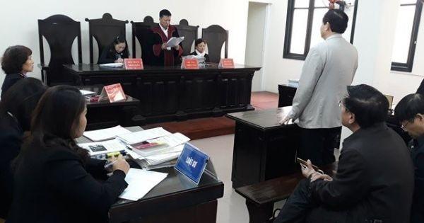 Bộ trưởng Bộ Giáo dục chính thức thua kiện vụ thu hồi bằng tiến sĩ