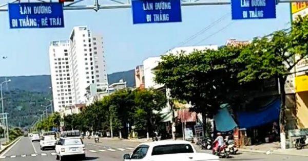 Truy tìm đoàn ôtô ngang nhiên vượt đèn đỏ tại giao lộ ở Đà Nẵng