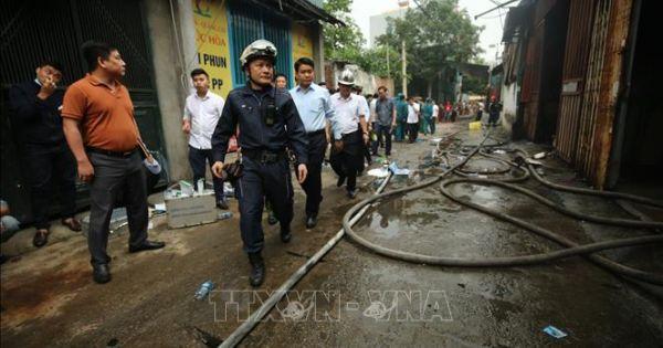 Hà Nội: Cháy 4 nhà xưởng rộng 1.000m2, 8 người thiệt mạng và mất tích