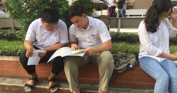 """Cổng đăng ký trực tuyến thi năng lực Đại học Quốc gia Thành phố Hồ Chí Minh bị """"treo"""""""