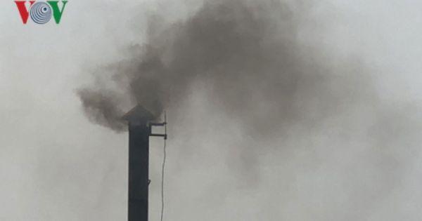 Công ty TNHH Vĩnh Khang xả khí thải độc hại ra môi trường người dân Củ Chi kêu cứu