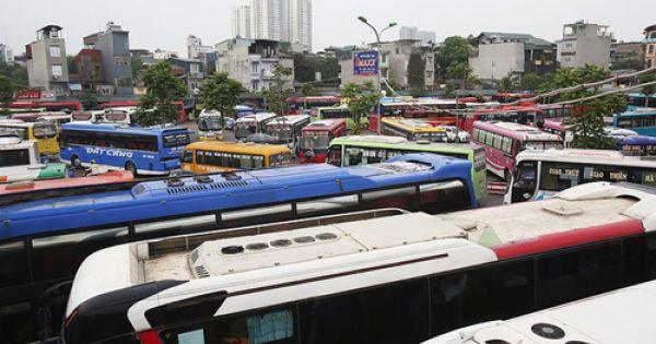 Hơn 100 xe khách bị từ chối phục vụ tại các bến Hà Nội