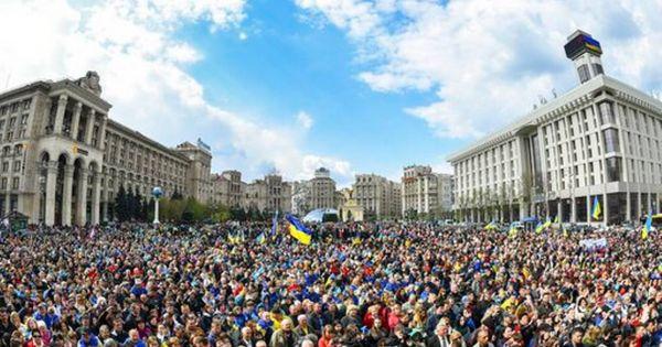 Bầu cử Ukraine: Danh hài Zelensky giành chiến thắng áp đảo